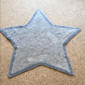 Blue star shaped rug